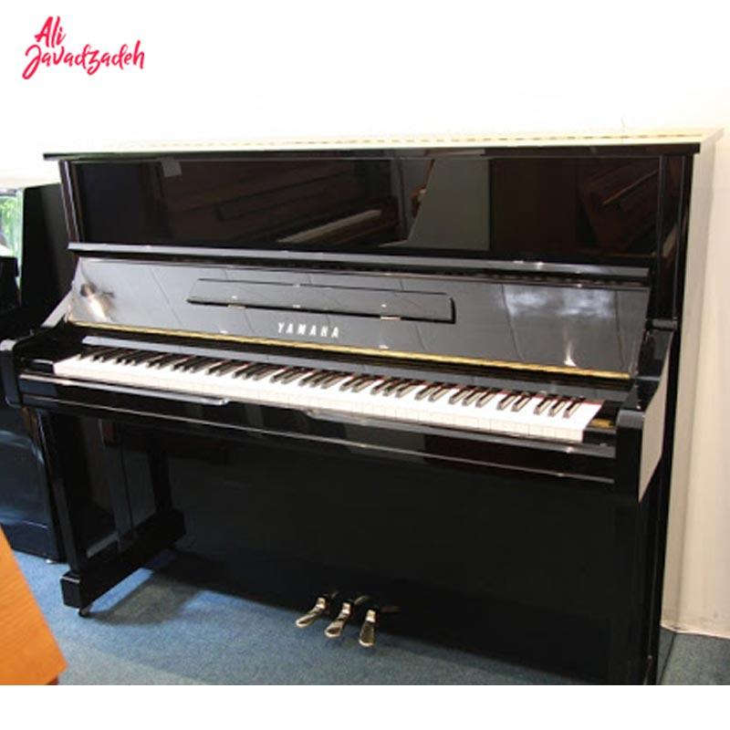 پیانو آکوستیک یاماها YU1 (دست دوم)
